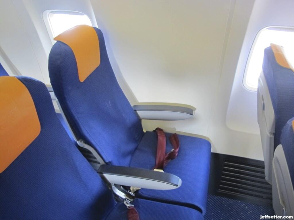 Awesome Klm Economy Comfort Review Intra Europe Flights Free World Frankydiablos Diy Chair Ideas Frankydiabloscom