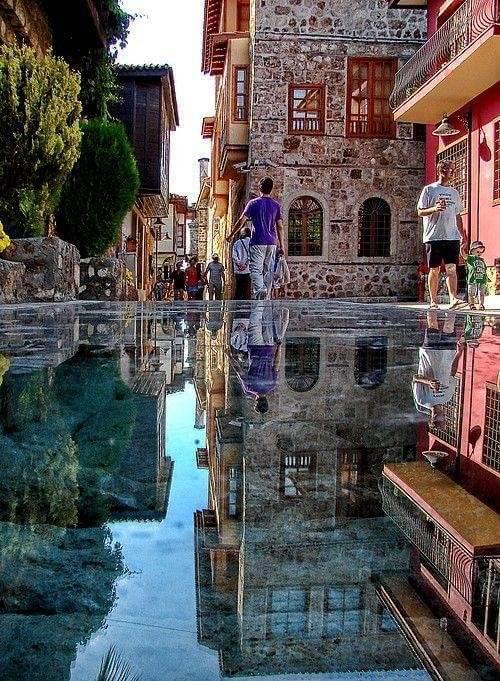 Istanbul Mirror Street