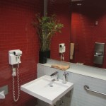 Delta Sky Club LAX Showers – Not Great, But What Did I Expect?