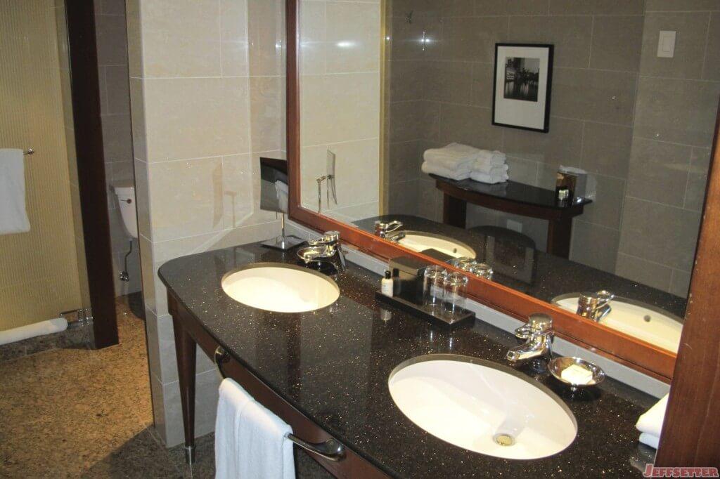 Dual Sinks in the Park Hyatt Bathroom