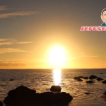 [Video] Sunsets over Aitutaki in the Cook Islands