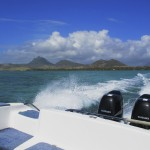 [Friday Photo] Speeding to the Scuba Diving Spot on Mauritius Island