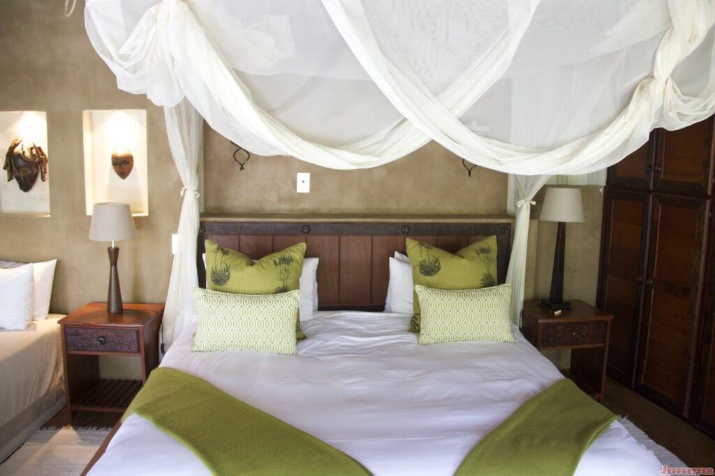 Vuyani Lodge 23