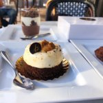 Review: Kona Coffee Purveyors + b patisserie Hawaii