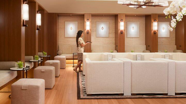 Four Seasons Lanai Launched Its Own Air Charter
