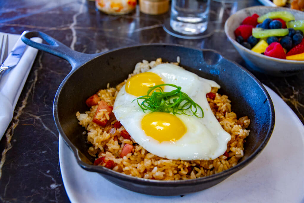Review: The Hideout Waikiki Brunch