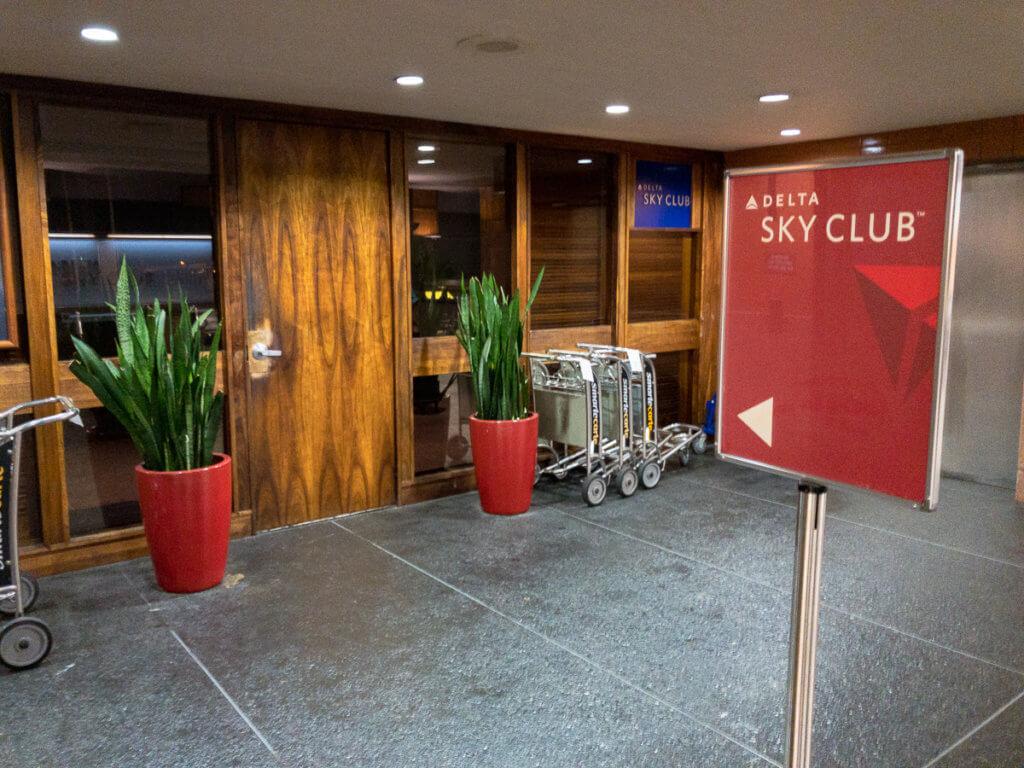 Delta Sky Club Honolulu