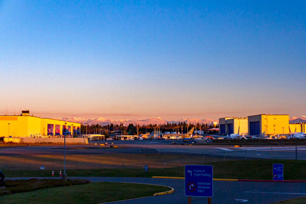 Alaska Air Delays the Start of Paine Field Service