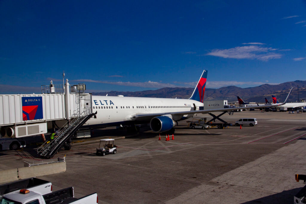 Delta Air Lines 2767 SLC-HNL
