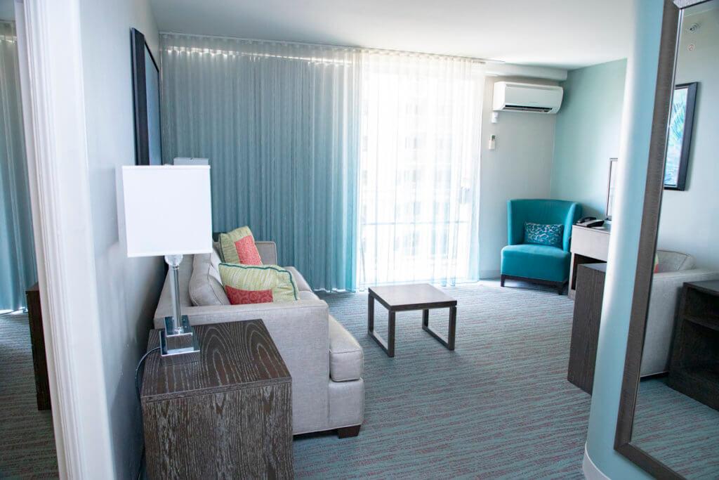 Courtyard Waikiki 1-Bedroom Suite