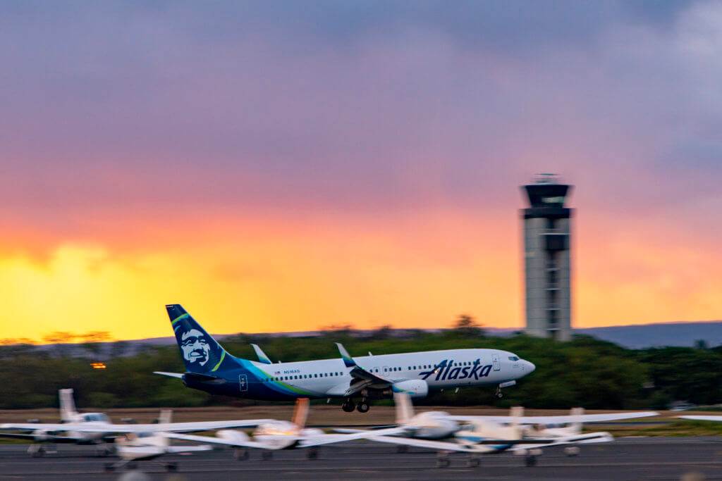 Alaska Airlines Adjusts Kona Service