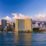 Hawaii Hotels Plan a Gradual Reopening