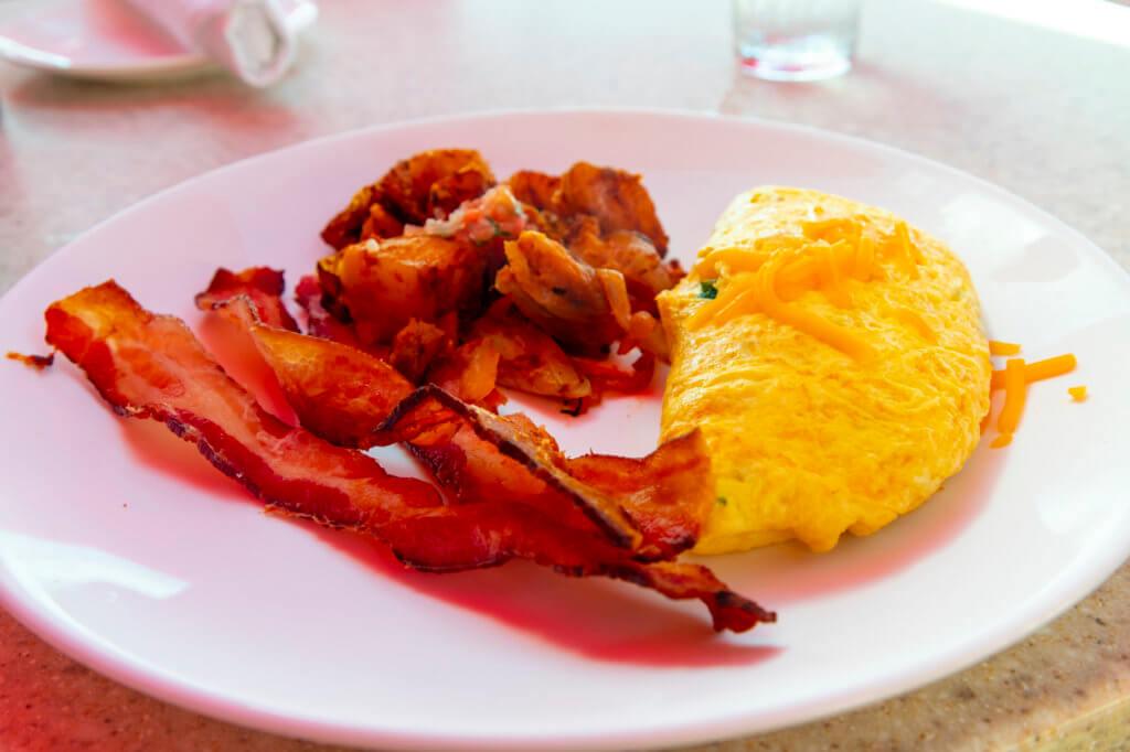 Mai Tai Bar Breakfast - Omelet with Bacon
