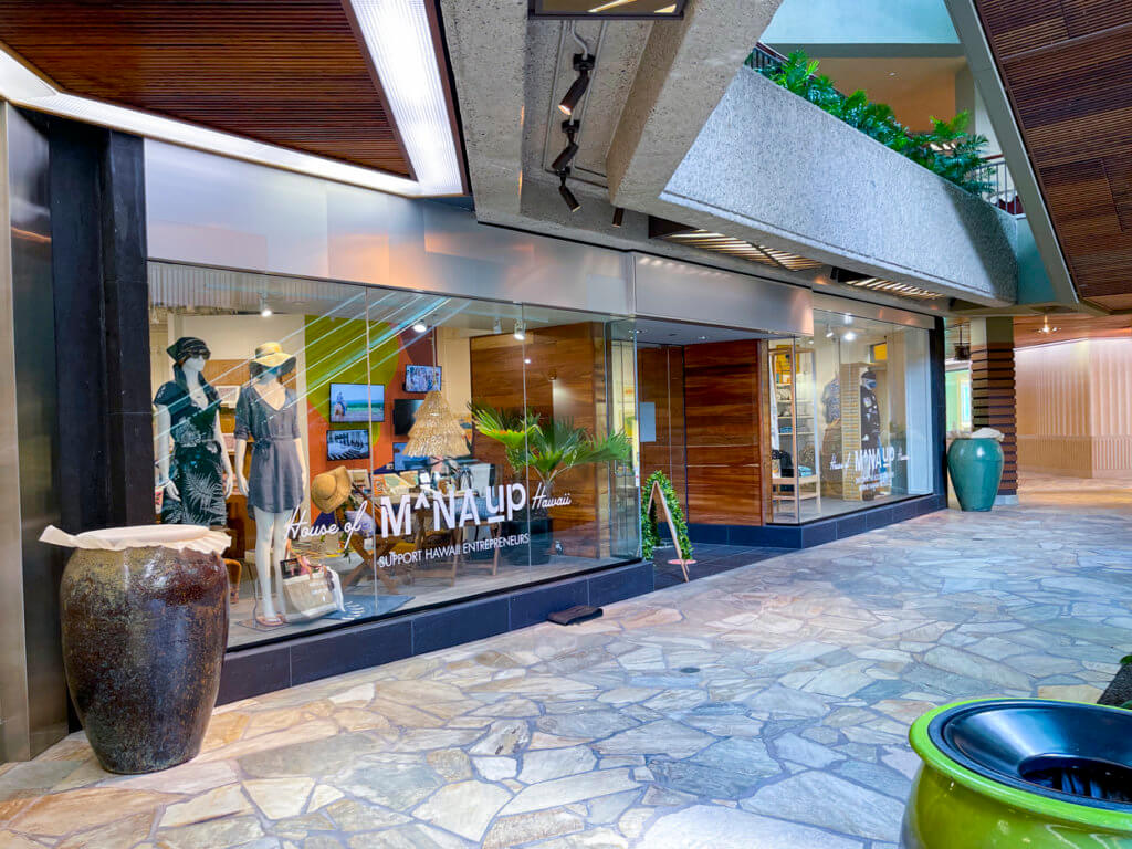 Royal Hawaiian Center Finds - House of Mana Up