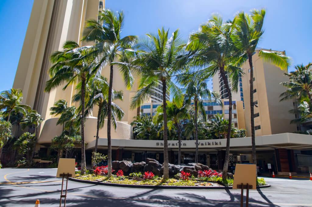 Sheraton Waikiki porte-cochere