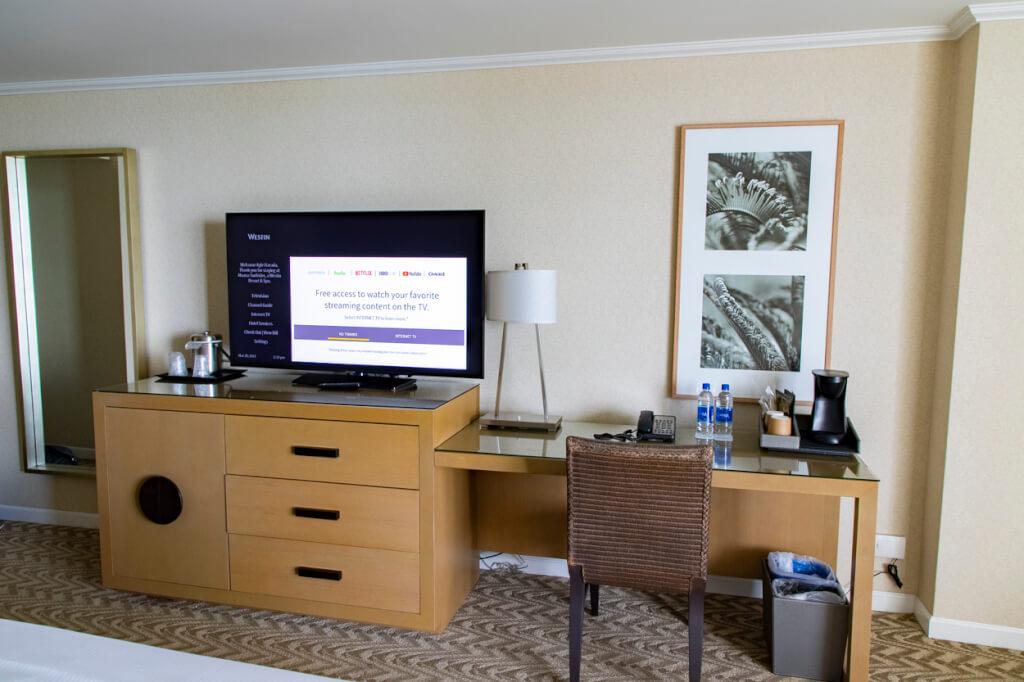 Westin Moana Surfrider Tower Premier Room