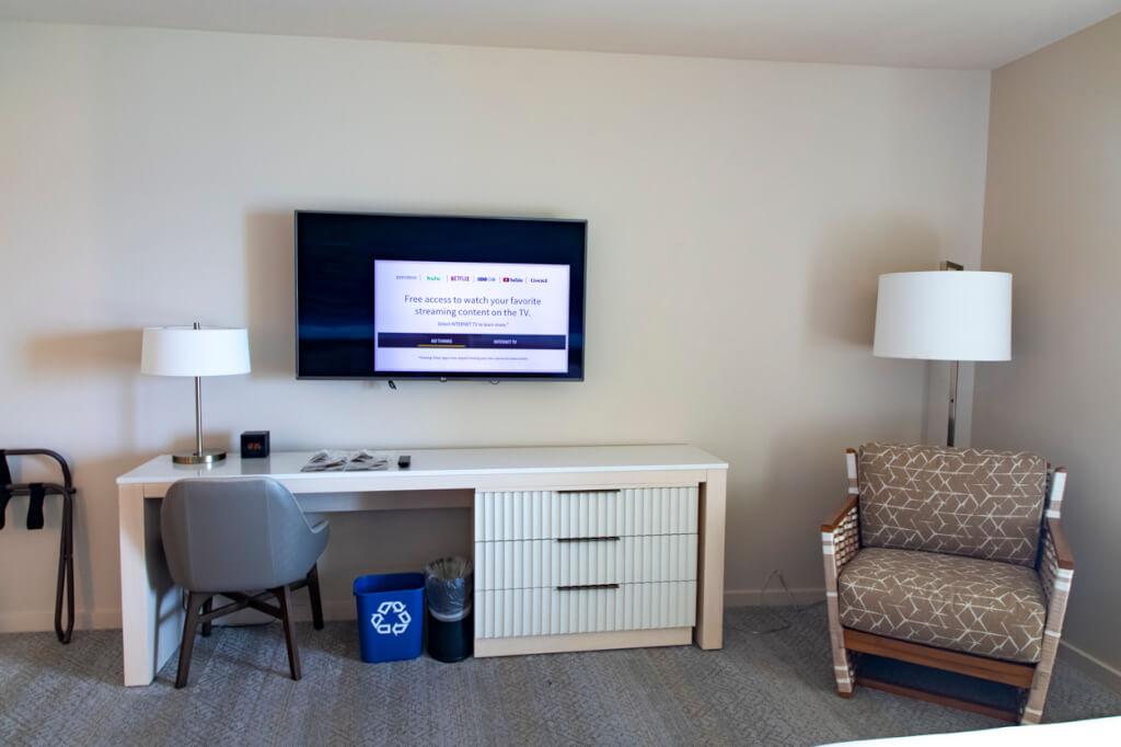 Sheraton Waikiki Double Guest room